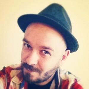 rob avatar hat